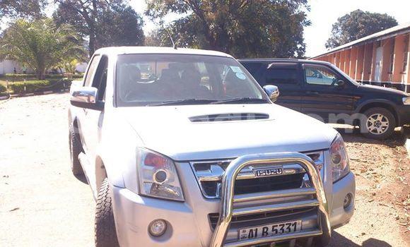 Buy Isuzu D-MAX White Car in Ndola in Zambia