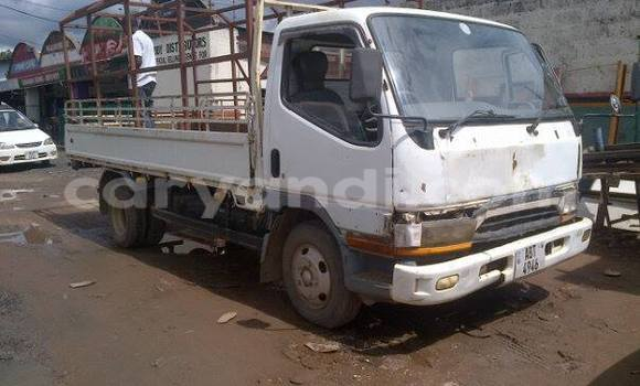 Buy Toyota T100 White Car in Chipata in Zambia