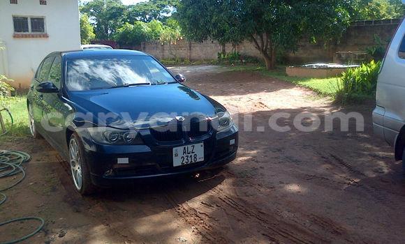 Buy BMW 3-Series Blue Car in Chingola in Zambia