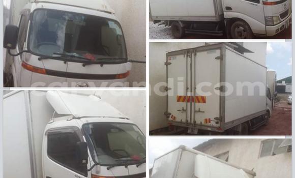 Buy Toyota Dyna White Car in Chipata in Zambia