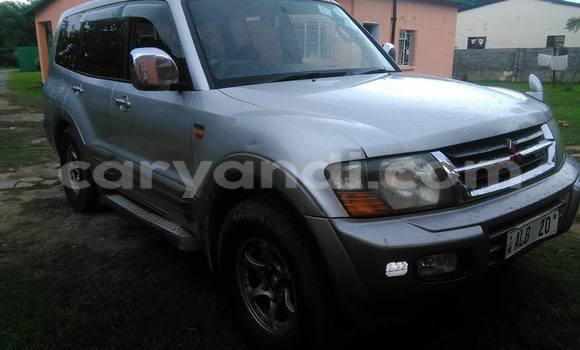 Buy Mitsubishi Pajero Silver Car in Chipata in Zambia
