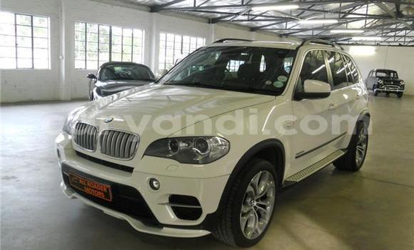 Buy BMW X5 White Car in Lusaka in Zambia