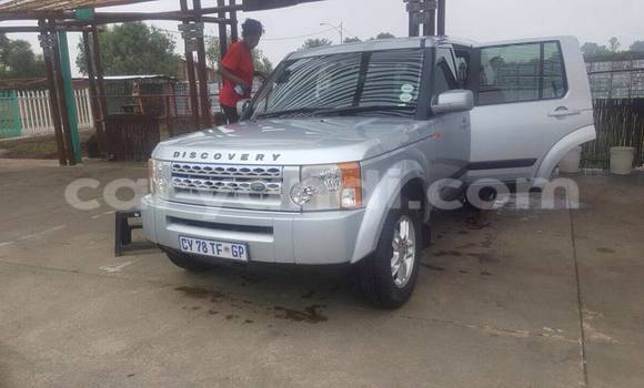Buy Land Rover Discovery Silver Car in Chipata in Zambia