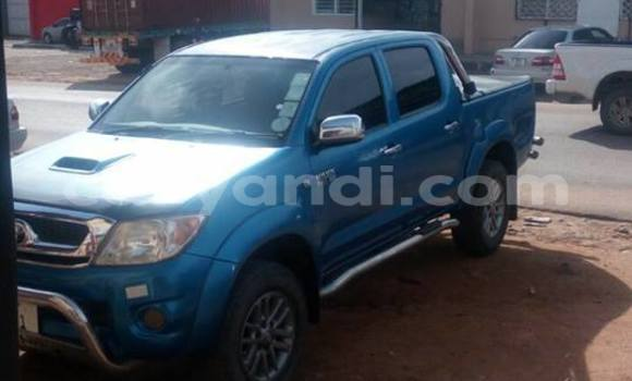 Buy Toyota Hilux Blue Car in Chipata in Zambia