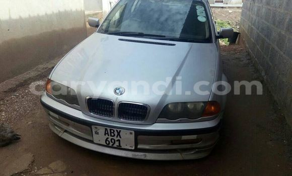 Buy BMW 3-Series Silver Car in Chipata in Zambia