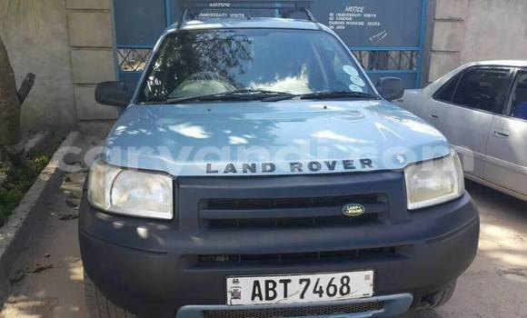 Buy Land Rover Freelander Blue Car in Lusaka in Zambia