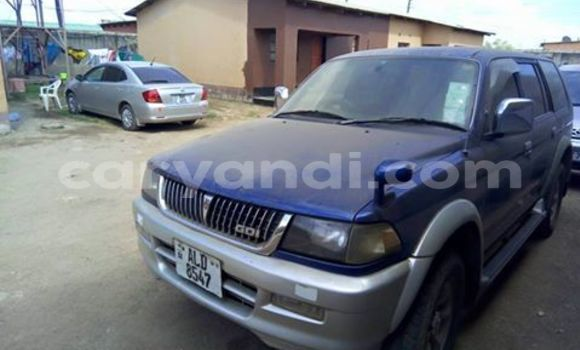 Buy Mitsubishi Challenger Blue Car in Lusaka in Zambia
