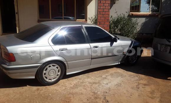 Buy BMW 3-Series Silver Car in Lusaka in Zambia