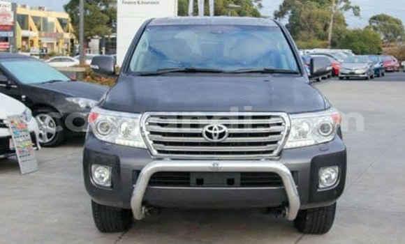Buy Toyota Land Cruiser Silver Car in Lusaka in Zambia