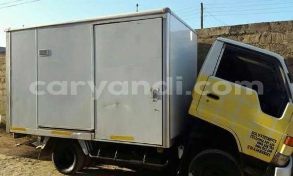 Buy Toyota Dyna White Car in Chingola in Zambia